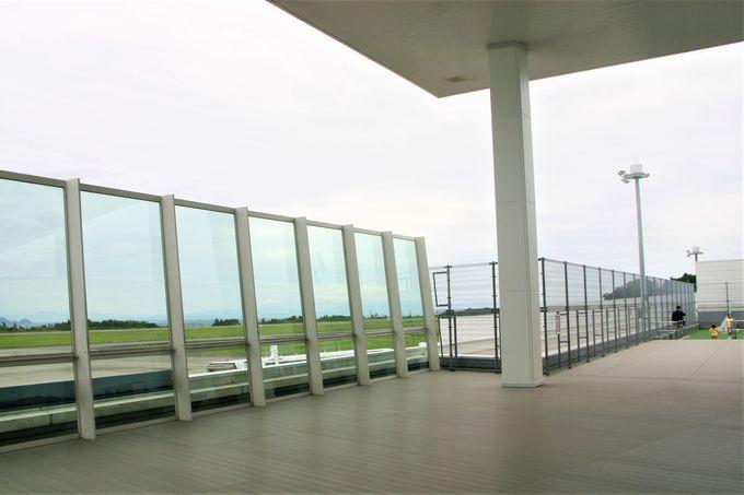 ターミナル3階には展望デッキに海鮮が旨い店「清水港海山」