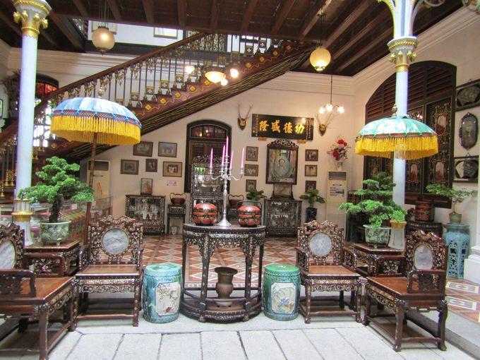 プラナカンマンションの根底を流れるババ・ニョニャ文化とは?