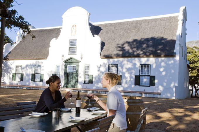 ワインランドの中心となる大学町「ステレンボッシュ(Stellenbosch)」