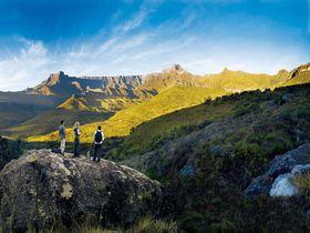 雄大な自然と出会える!南アフリカの山岳リゾート「ドラケンスバーグ」