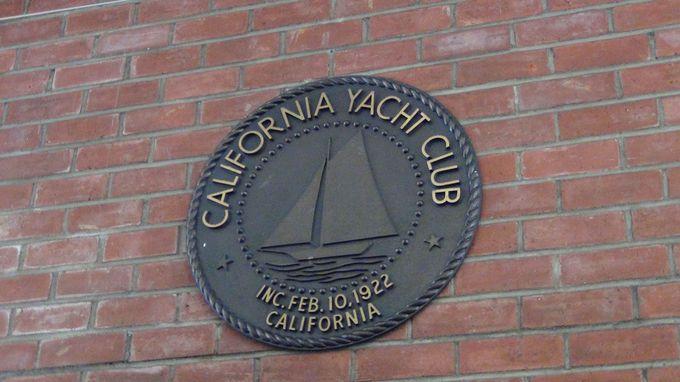 会員ではないのに名門会員制ヨットクラブに入れるチャンスとは!