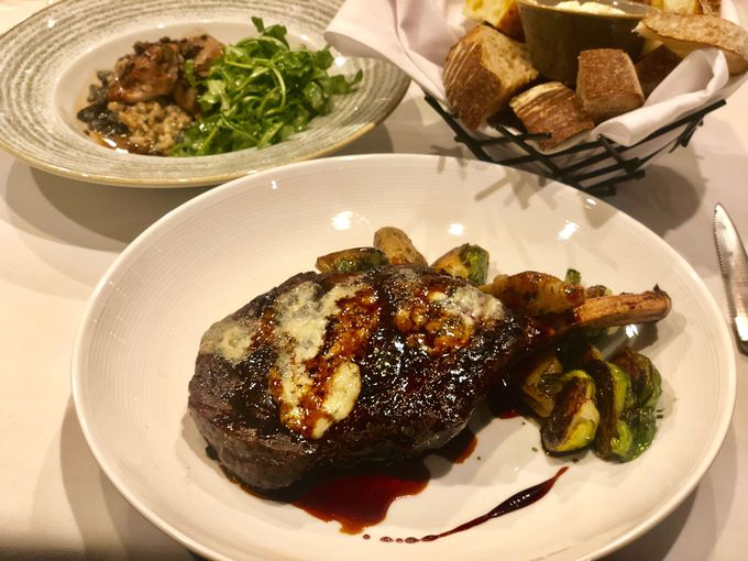 美味しい料理&団欒を楽しむレストラン「Barking Frog」