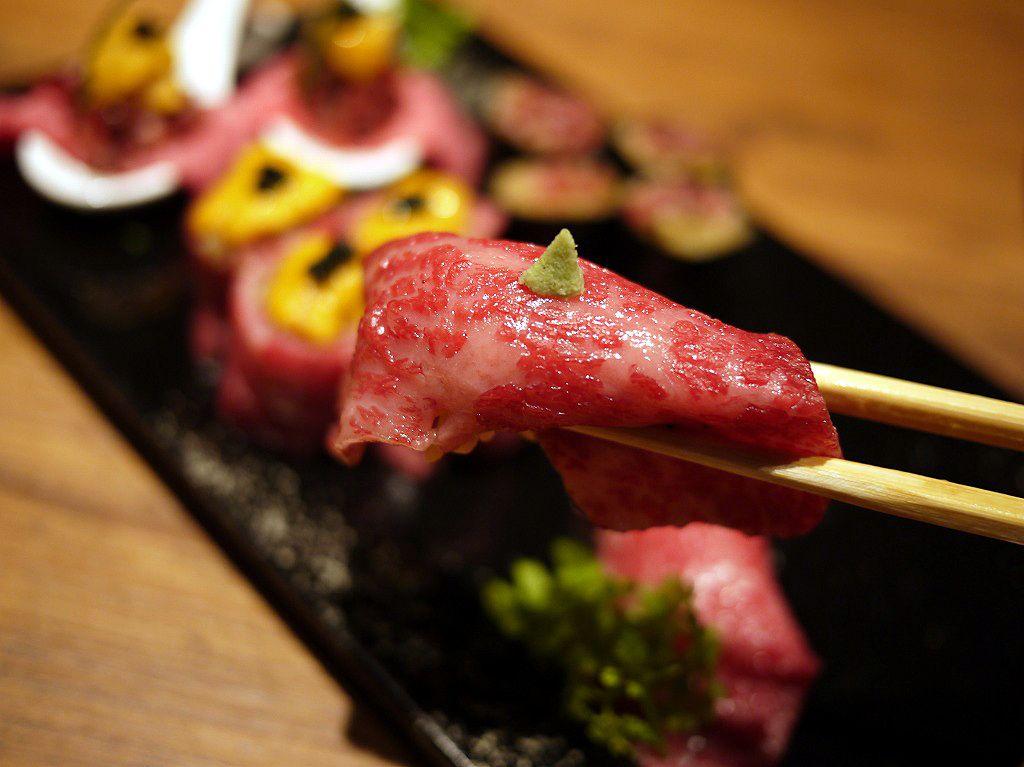 炙り!雲丹乗せ!東京で食べたいバラエティ豊かな肉寿司5選