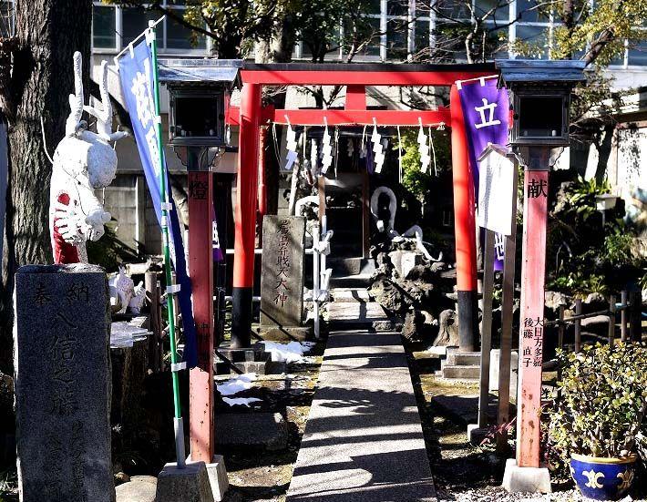9柱の神様を祀る「上神明天祖神社」