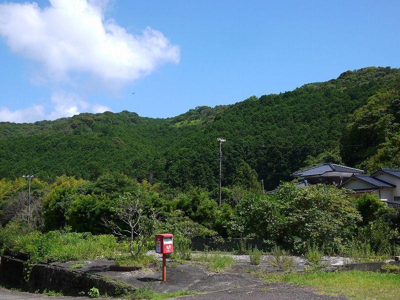 豊かな自然に囲まれた人口500人の小さな町