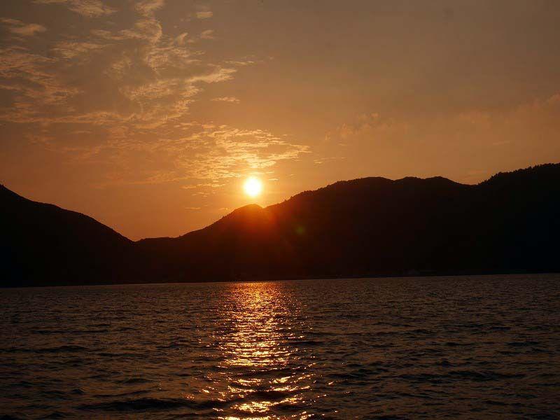 16時:海から知夫里島を楽しむ
