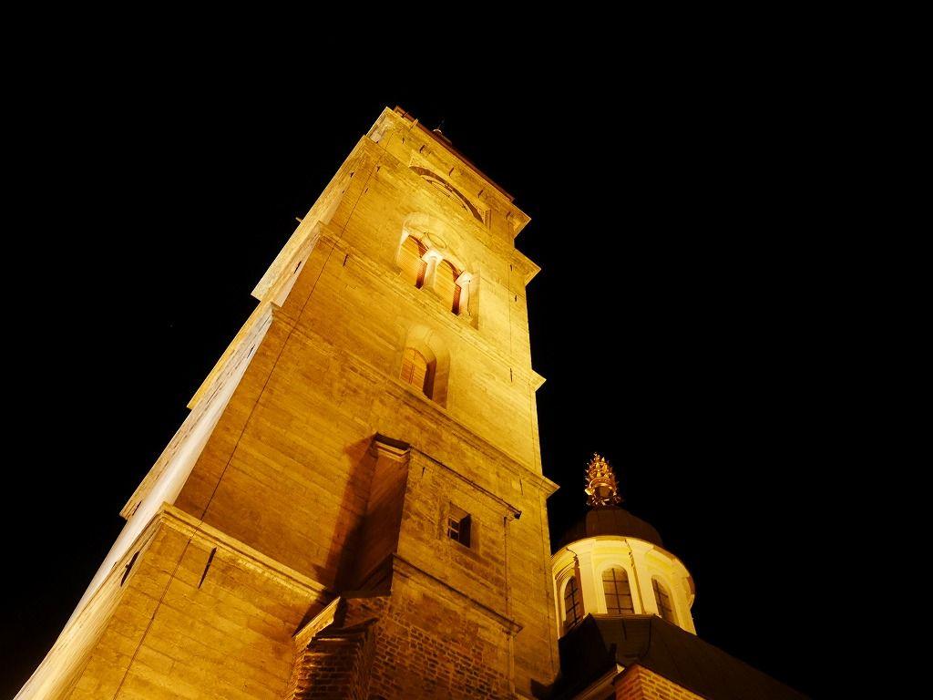 フラデツ・クラーロヴェーのシンボル「ホワイトタワー」
