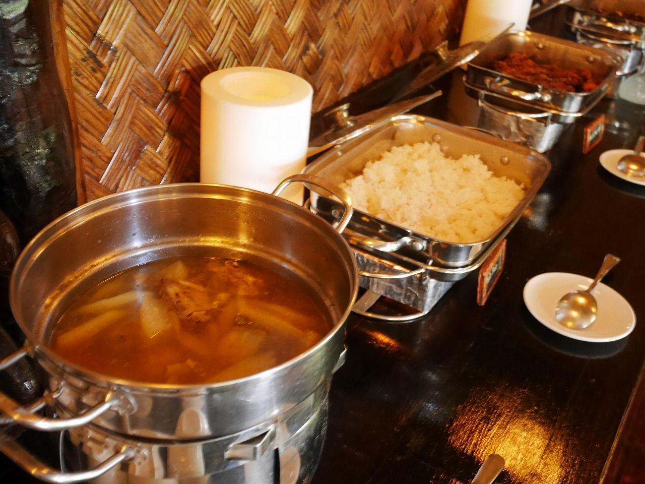 豊かなパラワンの食をフラワーアイランドで楽しむ!