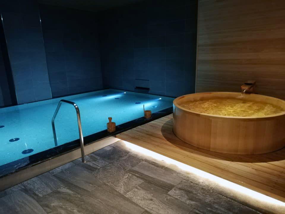 手足を伸ばしてリフレッシュできる大浴場