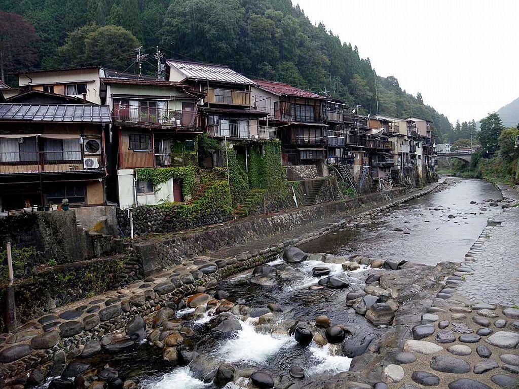 「水のまち」と呼ばれる美しい町並み