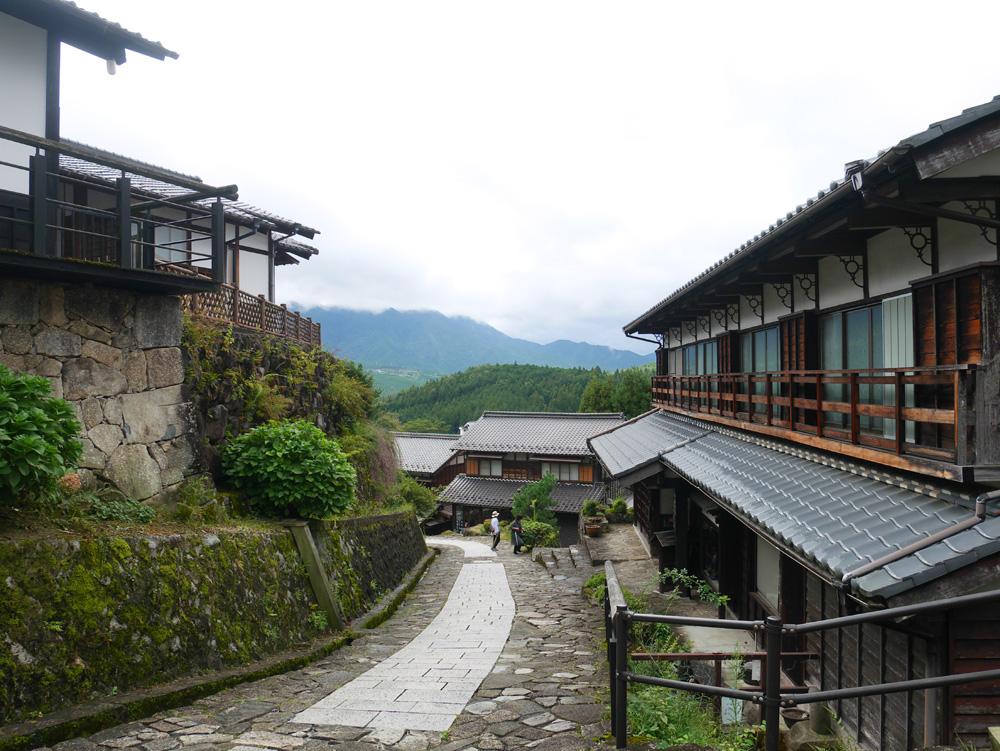 江戸時代の面影を残すノスタルジックな馬籠宿