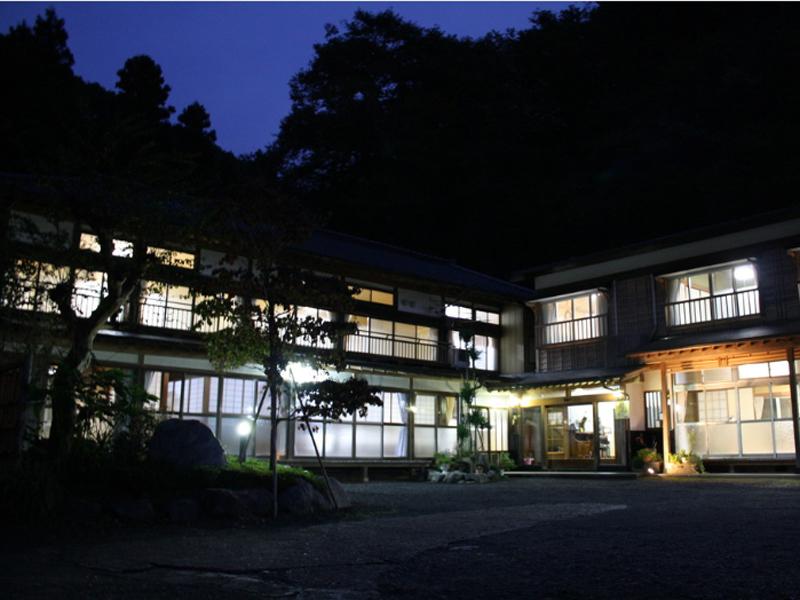 横川温泉「山田屋旅館」は300年の歴史を持つ名湯と美食の宿