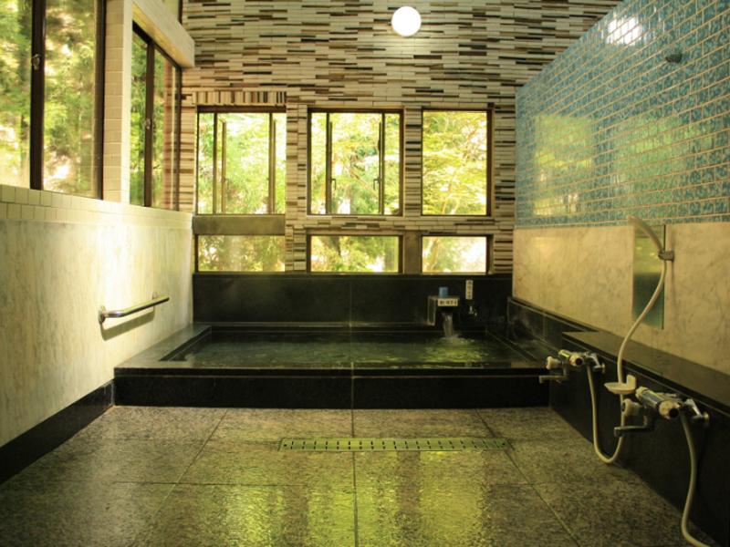 山田屋旅館の温泉は300年の歴史のある名湯