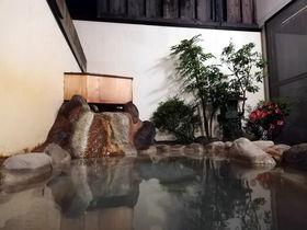 客室露天風呂あり!箱根「仙石原品の木一の湯」で美食&温泉三昧