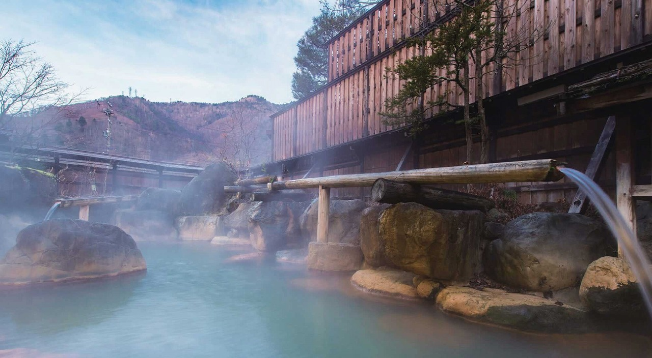 憧れの老舗旅館が身近に!岐阜・高山「湯めぐりの宿 平湯館」