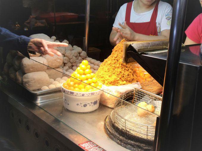 台湾の夜は「寧夏夜市」でB級グルメ食べ歩き