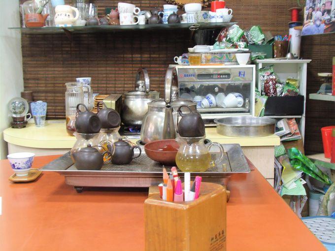 試飲しながら台湾茶をじっくり選べるのがうれしい