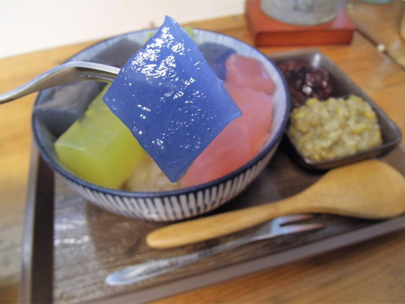 トッピングが宝石のような黒糖カキ氷!台北「來特冰淇淋」