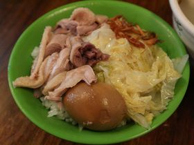 台湾ガチョウ肉料理が手軽に楽しめる!台北「陳陽鵝肉大王」
