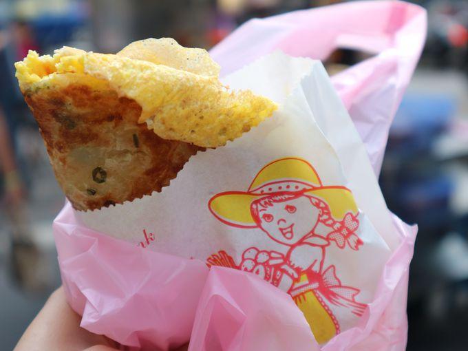 ネギ餅に玉子とチーズトッピング!「雄記葱抓餅」