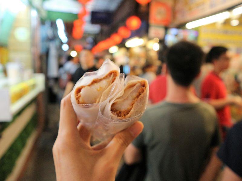 台湾のノスタルジックな街・九フンで食べ歩き!おすすめグルメ6選