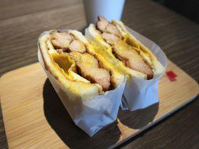 とろっとジューシー!台北「良粟商號」の台湾トースト朝ごはん