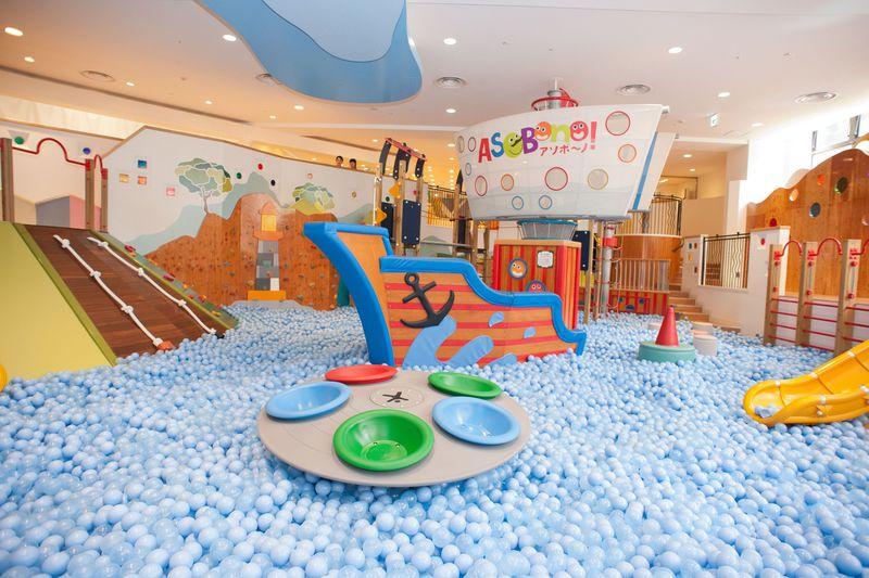 赤ちゃんから楽しめるアソボーノ!都内最大級の屋内型キッズ施設
