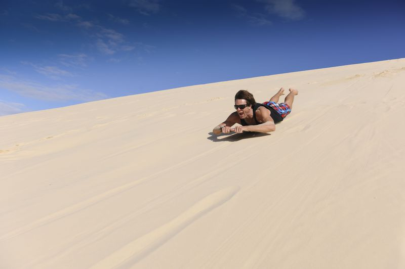 アクティビティ充実! オーストラリア・モートン島で砂すべり
