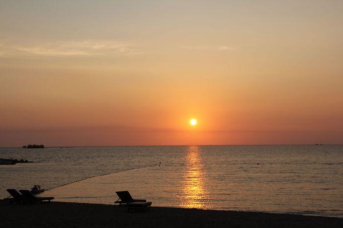 ベトナムで唯一、海に沈む夕日が見られるビーチ