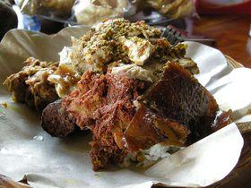 バリ・ウブドで必ず食べたい絶品グルメ!イブオカのバビグリン