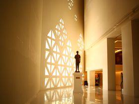 バンコク市内の隠れた名所。お洒落な現代アート美術館「MOCA」