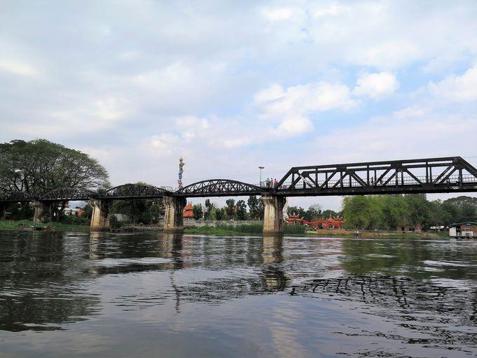 名作「戦場にかける橋」の舞台になったクウェー川鉄橋