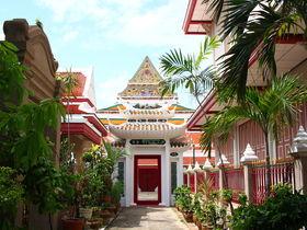 ラーマ1世〜ラーマ9世が眠るタイの格式高い寺院を巡ってみよう!