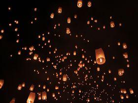 タイ・チェンマイ、穴場のコムローイ!ラーンナー王朝コムローイ伝承祭り