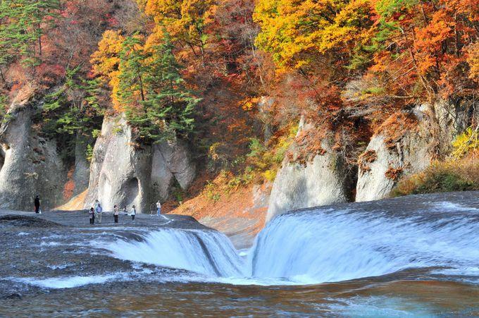 東洋のナイアガラ 吹割(ふきわれ)の滝