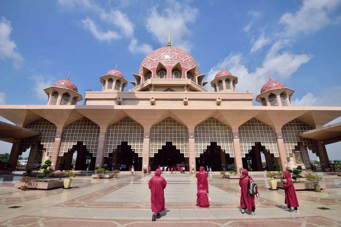 ピンクモスクの内部見学