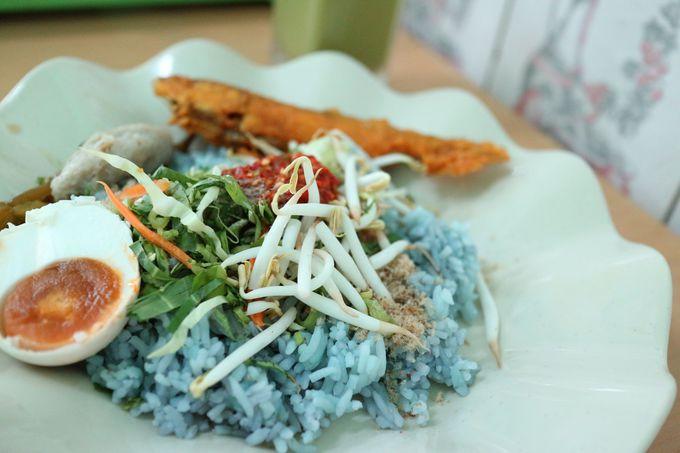 マレーシアの青い料理「ナシ・クラブ」って何?!