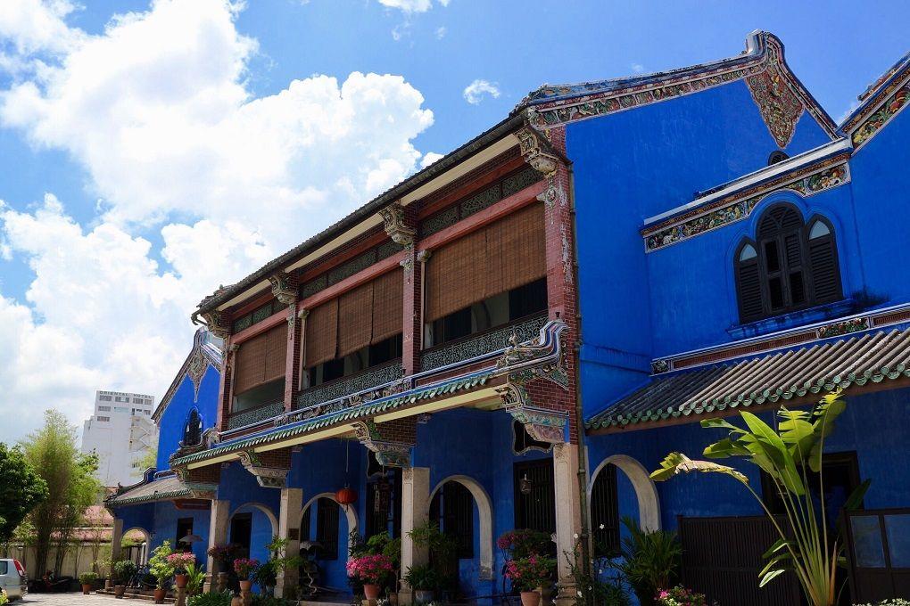 南国ペナンの空より青い「ブルー・マンション」