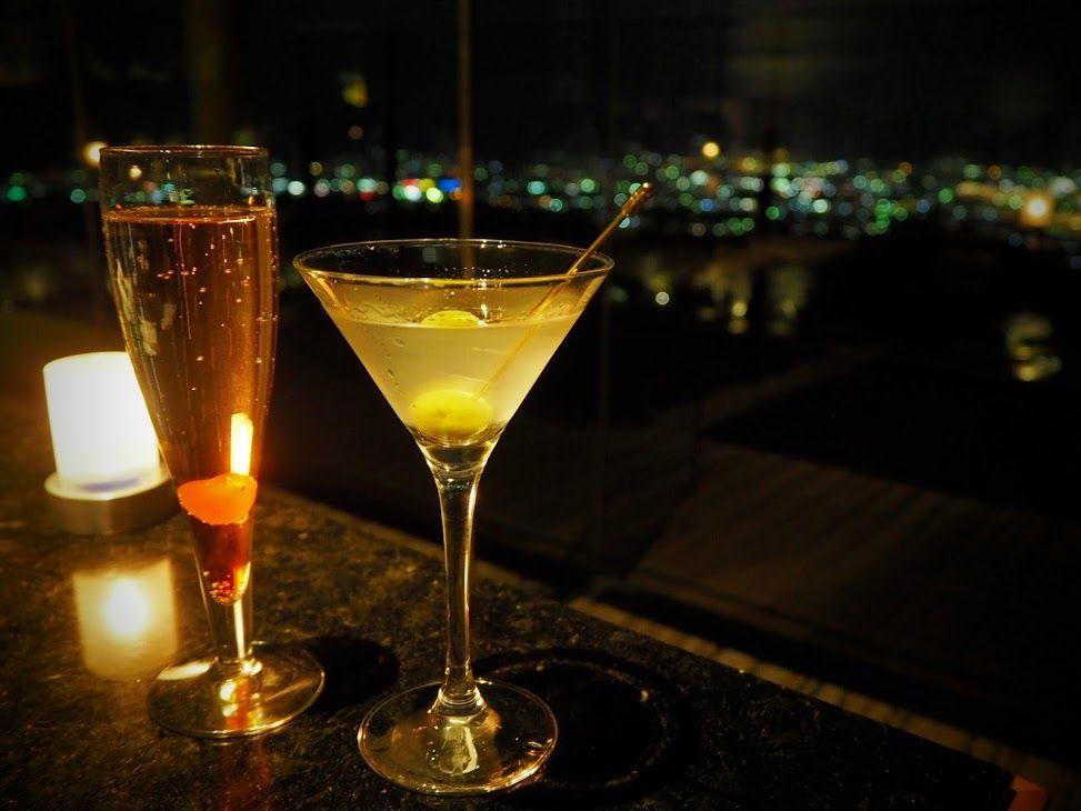 静岡の夜景を楽しみながらロマンティックな夜を