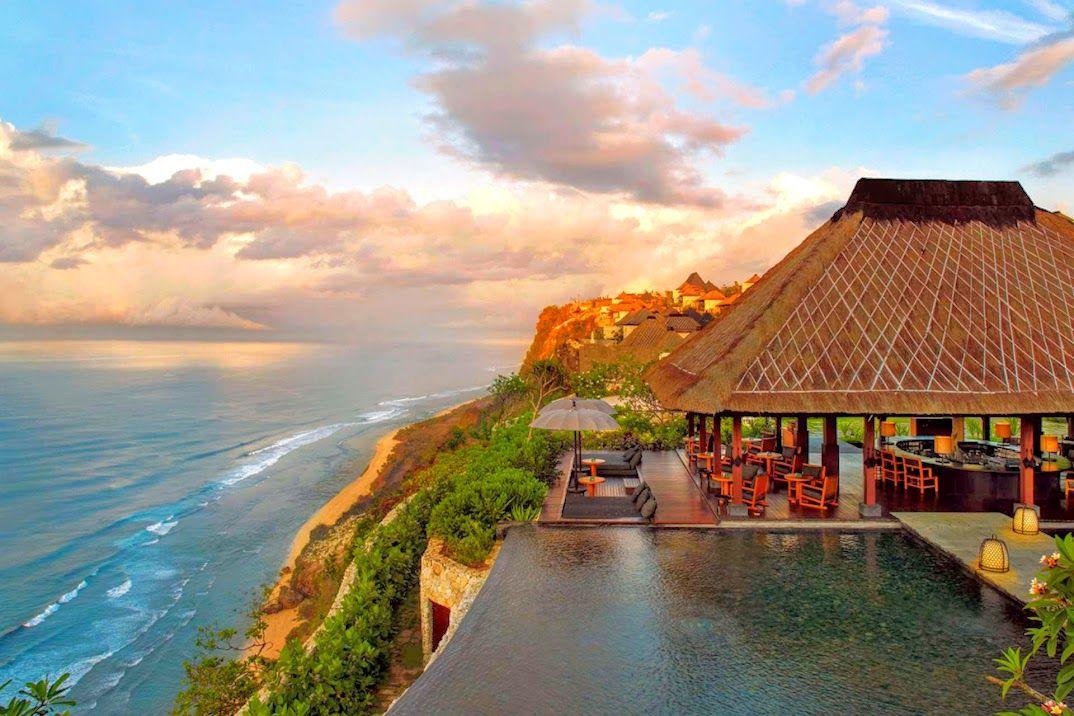 6.海を眺めながら贅沢ティータイムができる「バリ」
