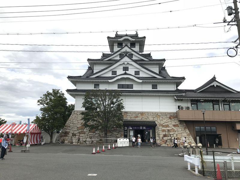 お菓子の城?鳥取県米子市「お菓子の壽城」で工場見学とお土産散策