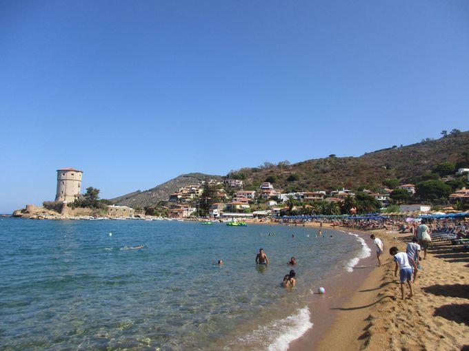 美しい海でひと泳ぎ〜メインビーチの「カンペーゼ」