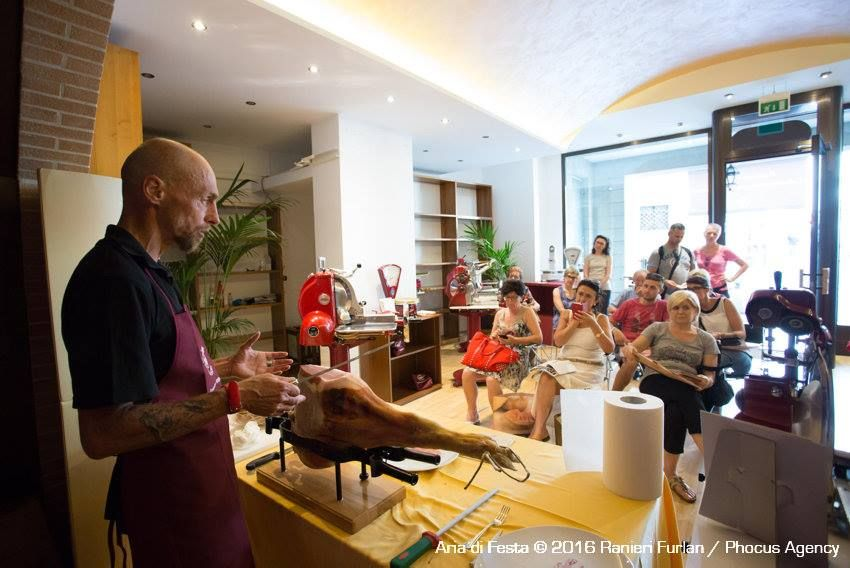 サン・ダニエーレの生ハムをよく知り、更に美味しく食べるためのイベントも盛りだくさん!