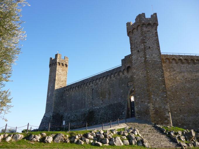 モンタルチーノ:市立エノテカもある、5角形の巨大な要塞