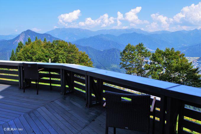 爽快!絶景テラス「雲の上のカフェ」