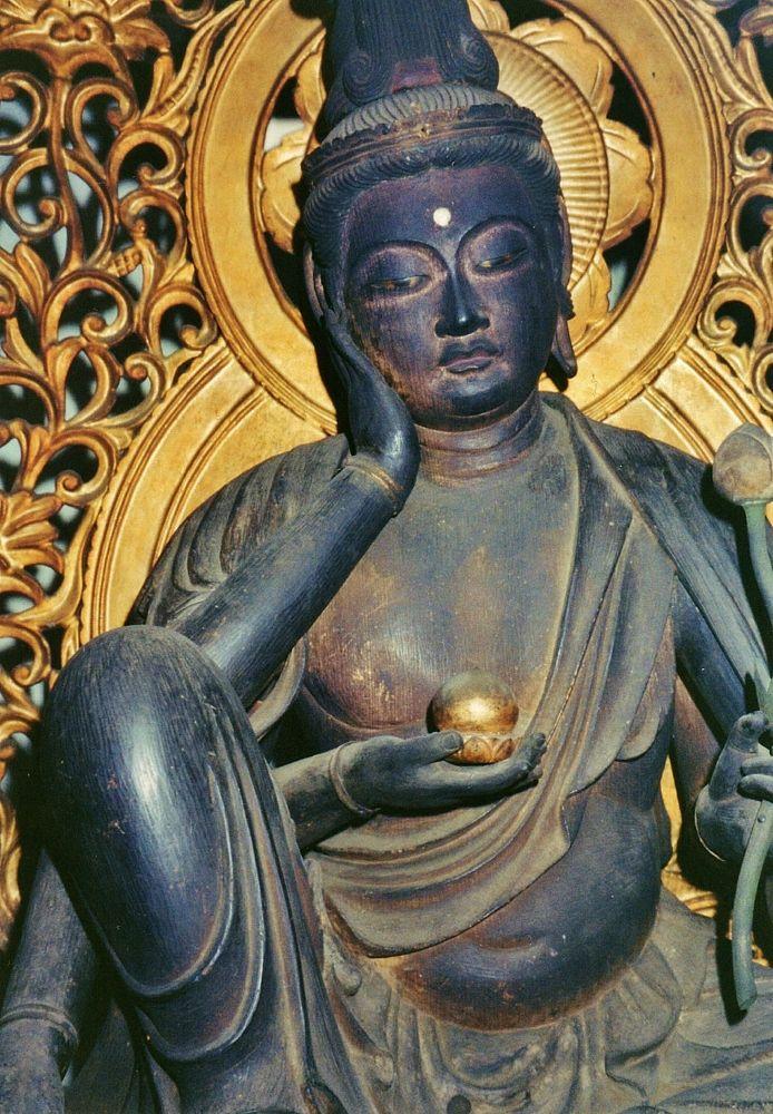 仏像の宝庫「元興寺極楽坊」