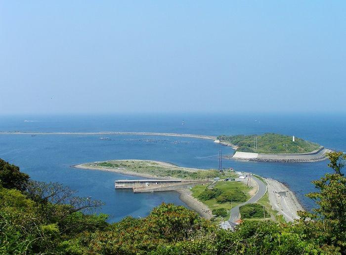 まるで糸!超細長い淡路の天橋立「成ヶ島」は花と砲台の島