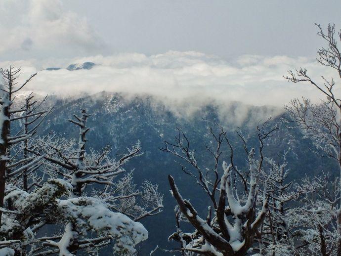 雲海の雪崩?