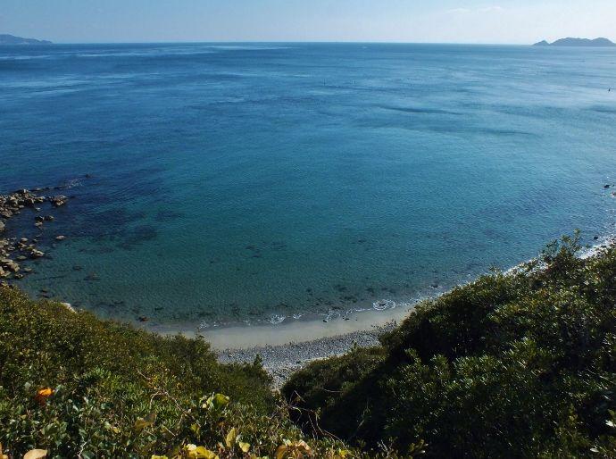 鳴門海峡とは対照的な優しい海