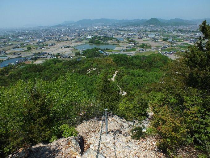 「天空の鳥居」東の横綱「嶽山・龍王神社」